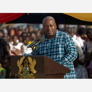 President-Mahama-Begins-Accounting-To-The-People-Tour-Of-Eastern-Region.